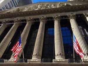 1-9.stock-market-649902_1280-min_R