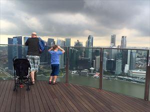 10-5.singapore-649108_1280-min_R