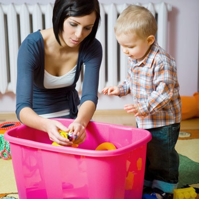 http://www.whattoexpect.com/toddler/photo-gallery/8-reasons-to-let-your-kids-get-messy.aspx#09