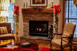 fireplace-558985_640_R
