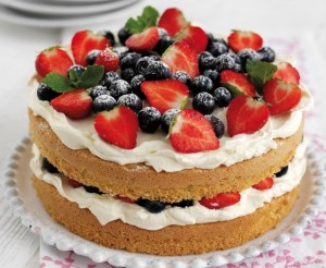http://www.reveal.co.uk/lifestyle/recipes/a558578/best-mothers-day-recipes-berry-cake-with-vanilla-cheesecake-filling.html