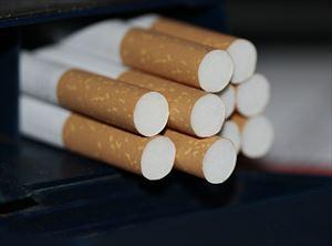 8-5cigarettes-383327_1280-min_R