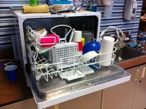 7油もの以外は食洗機で少量&スピード洗いで水道代dishwasher-526358_1280_R