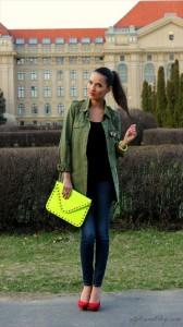 金運を呼び込むファッション!赤と黄色で情熱的な女性に変身fbe882c9cb6fa18d6732f41bf5271216[1]_R