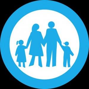 4人家族平均生活費における年収手取り別family-43873_1280_R