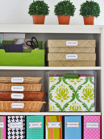 http://www.hometalk.com/761902/organizing-and-free-printable-labels