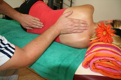 massage-486702_1920_R